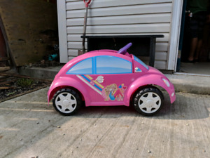 Free Barbie Car (battery needs to be replaced)
