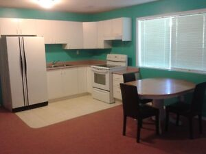 Rent to single and student, available immediately