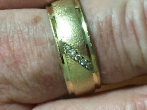 10k solid gold men's diamond ring