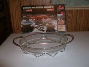 Two pieces Oval Oven Dish with Stainless steel Holder