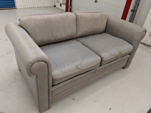 Modern     Designer    Fabric   Loveseat. Free Delivery in GTA.