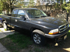 2004 Dodge Dakota Pickup Truck
