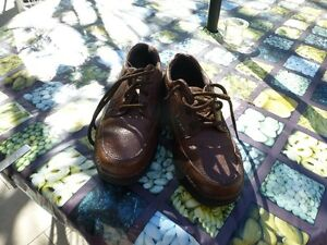 MEN'S NUNN BUSH BROWN WALKING SHOES