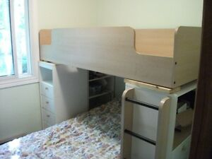 Bunk Beds with Built in Desk and Drawers