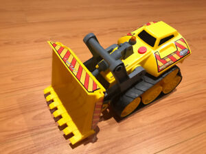 Little Tikes Rugged Riggz RR-3080 Bulldozer with Light and Sound