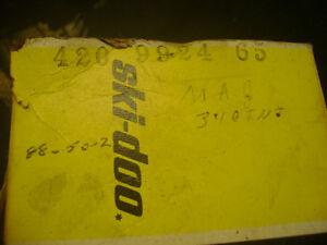 rotax 340  std oem piston mag side.