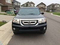 2010 Honda Pilot Touring SUV/4WD/Leather/Sun Roof/8 passengers