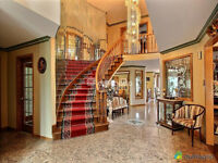 Luxury 3 story house furnished