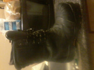 Dakota T MAX  work boots size 12
