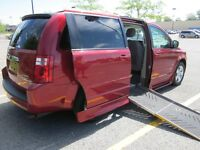 WHEELCHAIR VAN GRAND CARAVAN 2009 MINT CONDITION