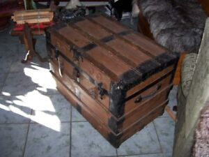 Large flat top Storage Shipping Chest Trunk