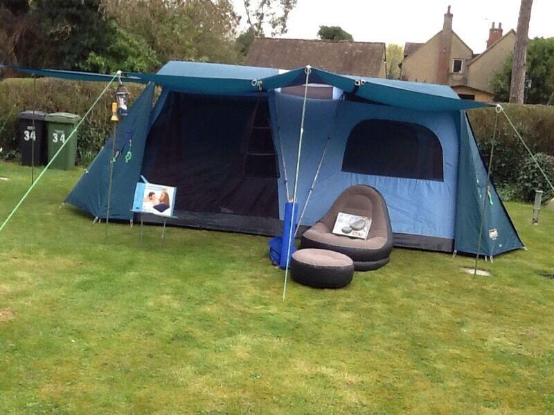 Coleman Sahara 4 Person Tent In Watlington Oxfordshire