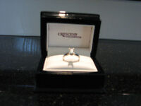 Ladies Solitaire Diamond Ring