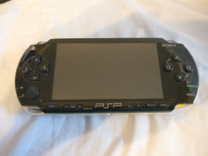 PSP 1000 / 1st Gen with lots of Games