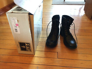 New Frye  Erin Lug Workboots Black, with box, no tags