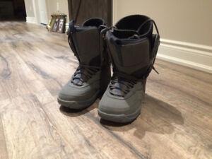 Kids Airwalk Snowboard Boots Size 6
