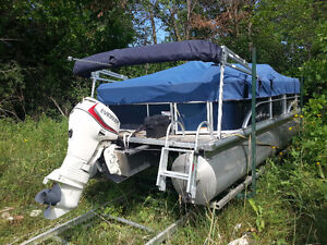 Pontoon Boat with track and trolly