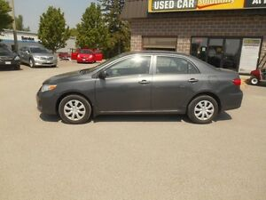 2013 Toyota Corolla  CE Peterborough Peterborough Area image 3