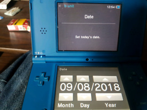 NINTENDO DS XL (HACKED)