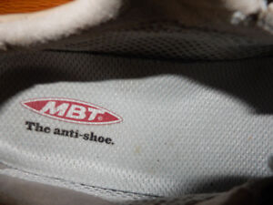 MBT Orthotic Athletic Shoes