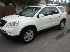 2008 GMC Acadia SLT, loaded, low kms, great condition