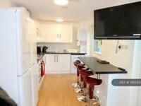 1 bedroom in Swanton Gardens, Southfields, SW19