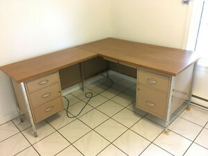 Metal Desk with 6 drawers, Wood laminate top