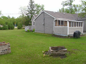 Summer Cottage Rental along Lake Winnipeg (Matlock)