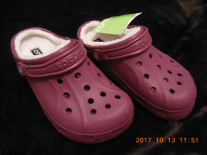 Crocs for Winter Womens Size 7 Mens Size 5