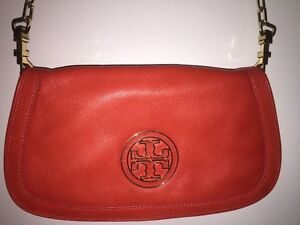 Tory Burch Cross over/Clutch -Coral