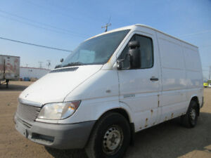 2005 DODGE SPRINTER 2500 CARGO-ONE OWNER-2.7L 5CYL DIESEL