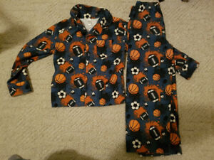 Sports themed 2 piece pajamas - size 5
