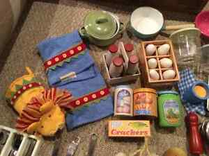 Deluxe High End Pottery Barn Kids Kitchen & PB Accessories London Ontario image 6