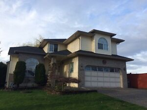 Recently Remodelled--Spacious-5 BR-Two Level House