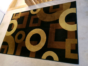 Almost New Rug 3' x 4'  $55 only