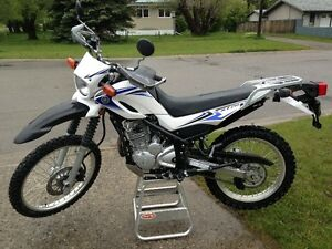 2009 Yamaha XT250 dual purpose dirt bike