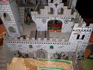 Wooden Play Castle (for figurines)