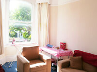 *NOTTING HILL* IDEAL FOR STUDENTS, 3 DOUBLE BEDROOM, LOUNGE, SEPARATE KITCHEN, PERIOD CONVERSION