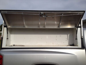 ARE Contractor Cap roof rack off Dodge Dakota extended cab