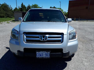Honda Pilot 2007 - Seats 8 - Priced to sell