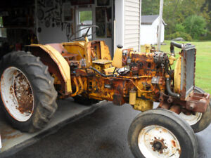 1969 434 International 4 cyl. Gas Tractor for parts or repair