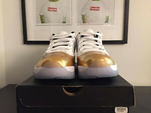 Jordan 11 Low Closing Ceremony - Size 11.5 DS