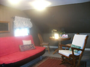 beautiful furnished bachelor suite