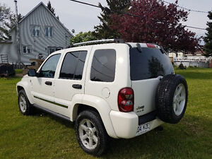 2006 Jeep Liberty  really good condition