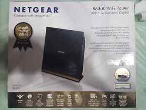 Netgear R6300 Dual Band WiFi Router (As new in original box)