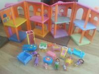 Girl toys Dora the explorer dolls house