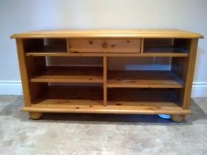 Meuble télé en bois – Wood TV Furniture