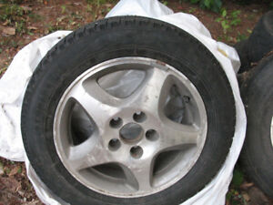 TL 2003 WINTER TIRES AND RIMS (SIZE 205/60/16)