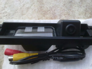 toyota oem fit rear view camera