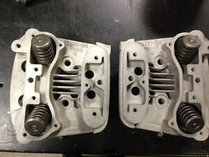 HARLEY BIG TWIN EVOLUTION  CYLINDER HEADS 16720-84 and  16721-84